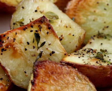 patatas al horno con sal y tomillo