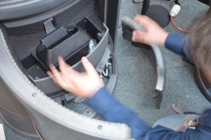 Como limpiar una estufa de pellet - desmontar la estufa por profesional