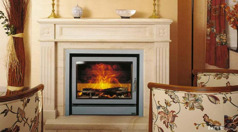 Casete Bodart-Gonay In Fire 603 instalada sobre antigua chimenea