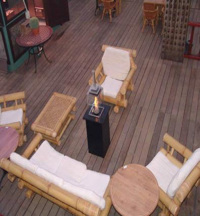 Vista de la Lampara De Exterior Gas Royal Matic instalada en terraza