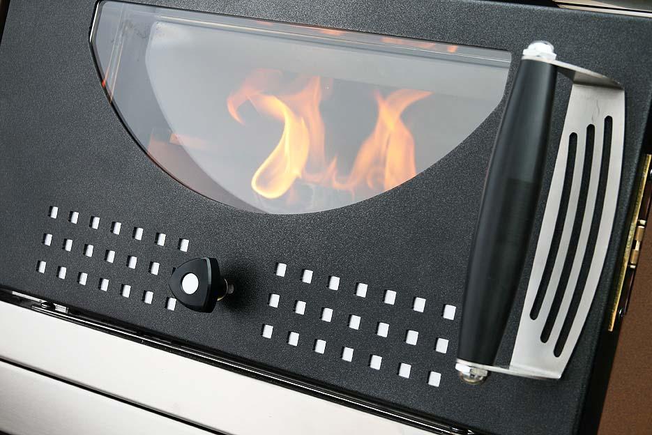 Horno Mcz Premium 60 Interior en funcionamiento