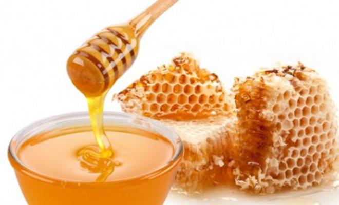Brocheta de pollo a la miel para dar un sabor exquisito